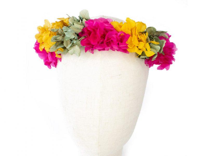 Corona de hortensias preservadas