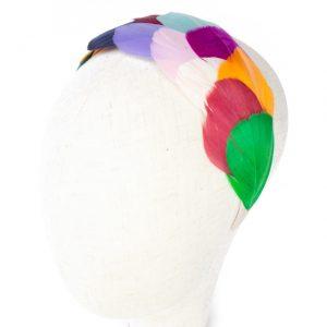 Diadema de plumas de colores